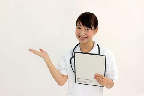 看護師の働き方ごとの給料と求人状況