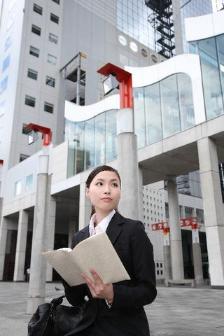都市部での就職と地方での就職、それぞれの長所や魅力