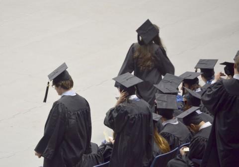 社会人として働きながら大卒や大学院卒の資格を取る方法